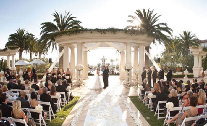 brides-live